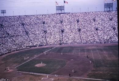 LA_Coliseum_1959_World_Series
