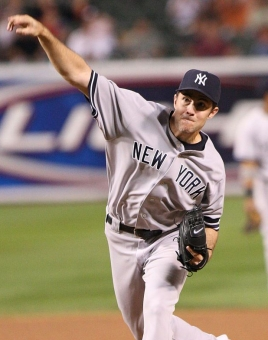 800px-Mike_Mussina_on_September_28,_2007